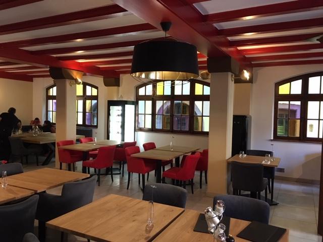 Recherche luminaires restaurant Riquewihr, par Inspiration Design, Décoration intérieure à Colmar