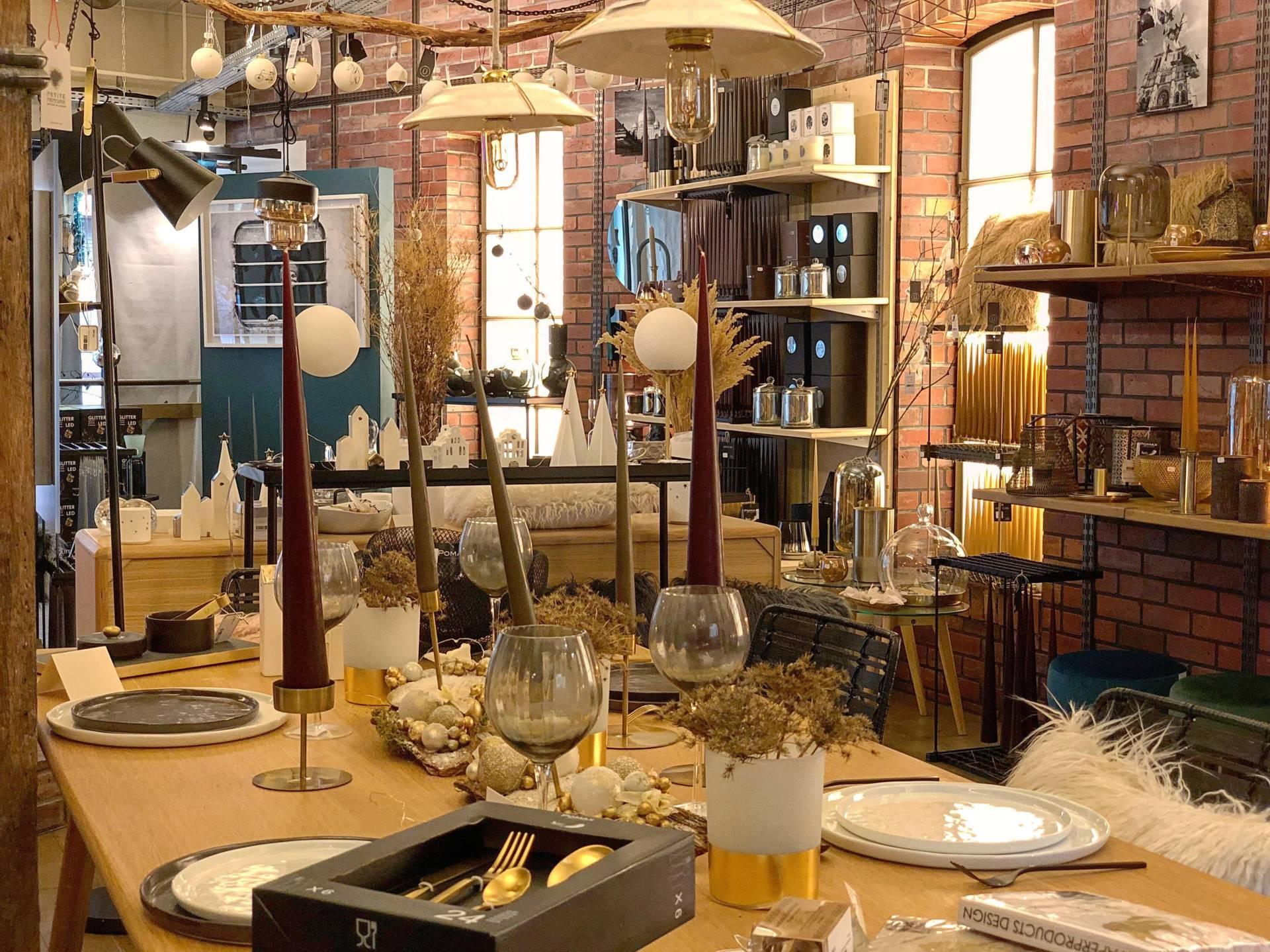 Inspiration Design, votre boutique de décoration à Colmar (68)-L'espace salle à manger du magasin