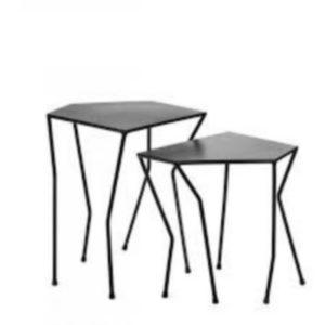 Tables basses (petite : 47x30xH38cm, grande : 45x32xH45cm) : 240€ le lot chez Inspiration Design à Colmar