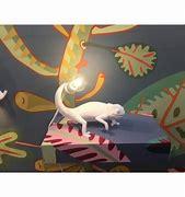 Lampe à poser résine caméléon à 99€ chez Inspiration Design à Colmar