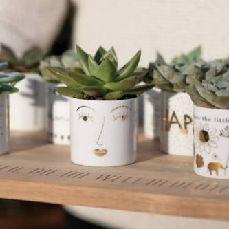 Petit pot visage porcelaine 5€ chez Inspiration Design à Colmar