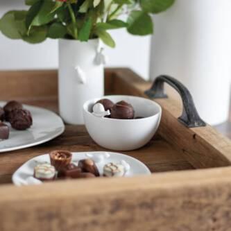 Petit vase escargot porcelaine 15€ chez Inspiration Design à Colmar